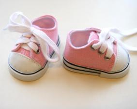Кеды со шнурками для кукол,розовые