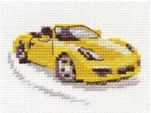 Жёлтый спорткар. Размер - 9 х 6 см.