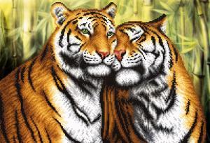 Пара тигров. Размер - 39 х 27 см.