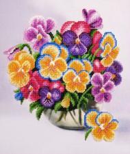 Картины бисером | Букетик виолы. Размер - 26 х 31 см.
