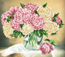 Картины бисером | Пионы в вазе. Размер - 46 х 41 см.