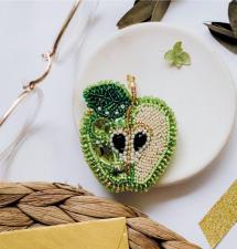 """Набор для вышивки бисером украшения на натуральном художественном холсте """"Зелёное яблоко"""""""