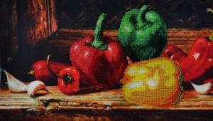 Картины бисером   Перцы. Размер - 42 х 24 см.