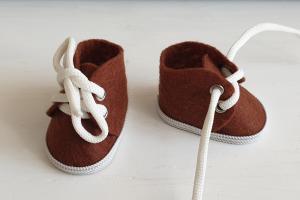 Ботиночки ручная работа,фетр,цвет коричневый,5 см