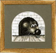 Чаривна Мить | Мышь в норке. Размер - 11 х 11 см