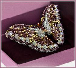 Образа в каменьях | Брошь Бабочка Аметист. Размер - 7,5 х 3,5 см