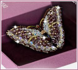 Образа в каменьях | Брошь Бабочка Аметист (Swarovski). Размер - 7,5 х 3,5 см