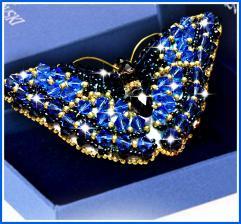 Образа в каменьях | Брошь Бабочка Сапфир (Swarovski). Размер - 7,5 х 3,5 см