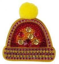А-строчка | Набор для вышивания броши (подвеса) Шапочка (красная). Размер - 5,5 х 6 см