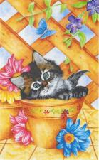 Схема для вышивки Heaven and Earth Designs HAEKAM 503 Trellis Kitty