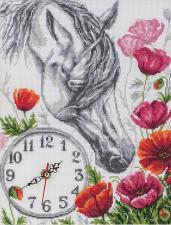"""Панна   Часы """"Лошадь в маках"""". Размер - 23,5 х 30 см"""