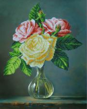 Букетик роз. Размер - 28 х 36 см.