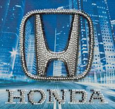 Honda. Размер - 15 х 15 см.