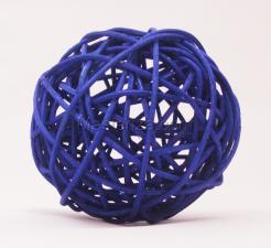 Ротанговый шар (синий). Размер - 7 см.