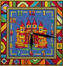 Часы с замком. Размер - 20 х 20 см.
