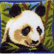 Панда. Размер - 40 х 40 см.