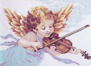 Ангел со скрипкой. Размер - 42 х 32 см.