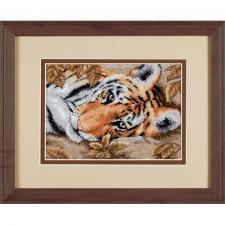 Притягательный тигр. Размер - 18 х 13 см