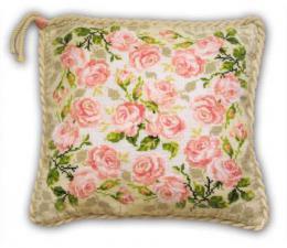 Подушка с розами. Размер - 40х40 см
